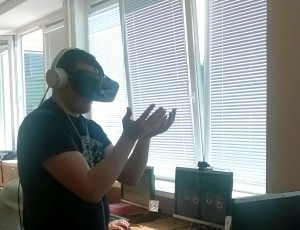 """Oculus Rift"" išbandė ir JPVS organiztorius Aivaras Daukantas."